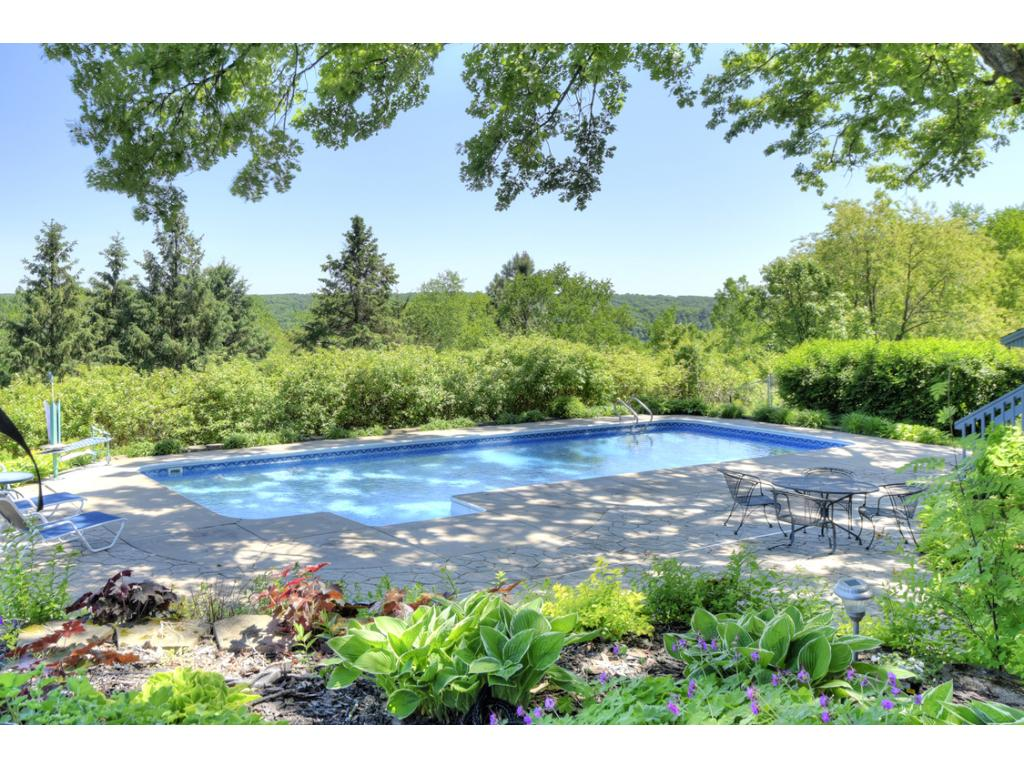 361 Oak Knoll Drive, Marine on Saint Croix, MN 55047
