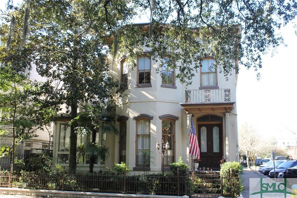 601 Whitaker Street, Savannah, GA 31401