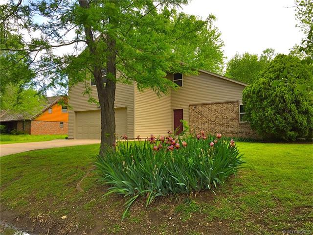 1516 Manor Drive, Bartlesville, OK 74006