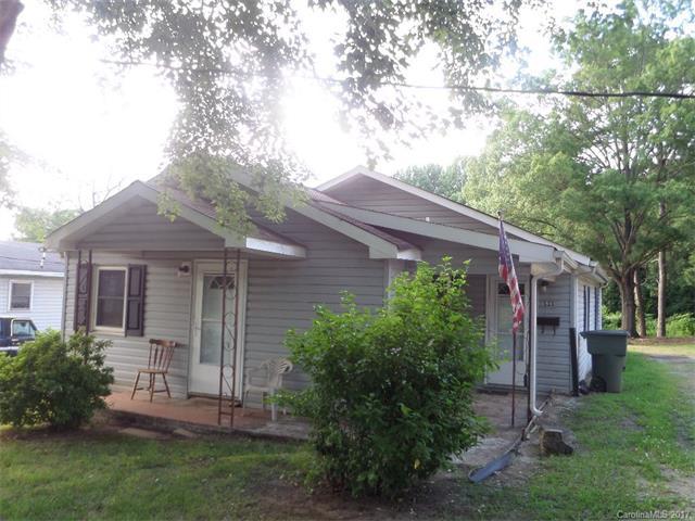 533 W Mclelland Avenue, Mooresville, NC 28117