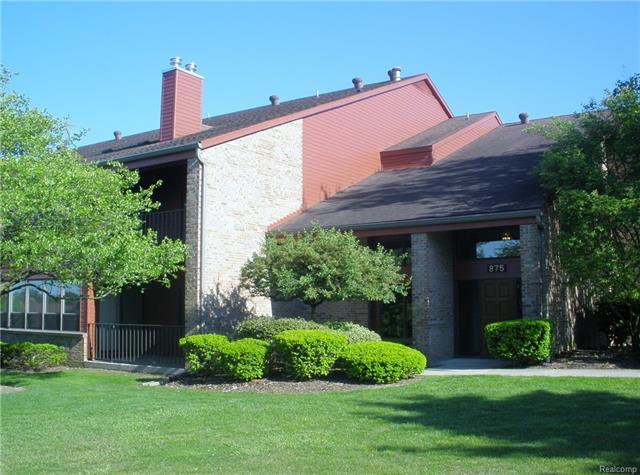 875 GREENVIEW Court 52, Rochester Hills, MI 48307