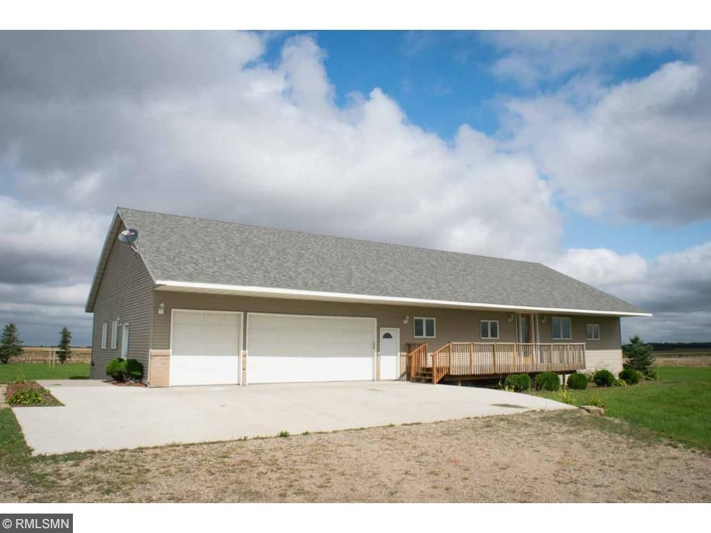 37122 358th Street, Saint Peter, MN 56082