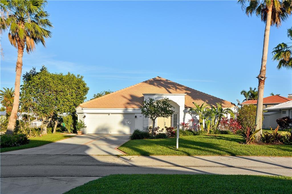 101 Aqua Ra Drive, Jensen Beach, FL 34957