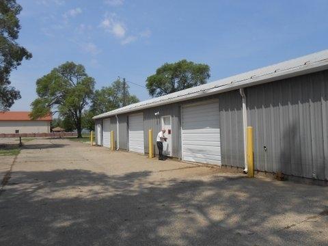 5300 RIVER Drive, Moline, IL 61265