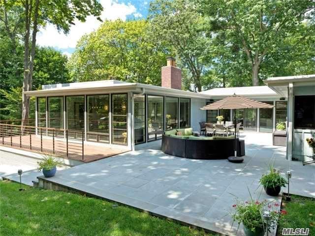 82 The Intervale, Roslyn Estates, NY 11576