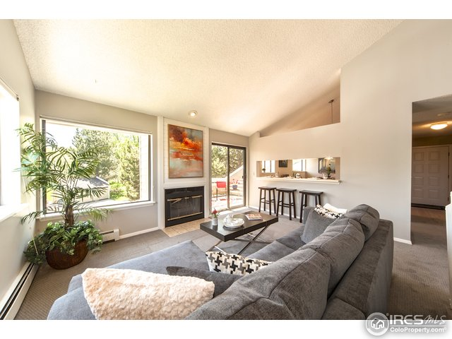 8011 Countryside Park 219, Niwot, CO 80503