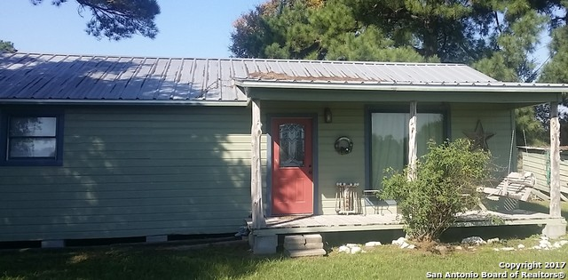 455 Bishop Rd, Huntsville, TX 77320