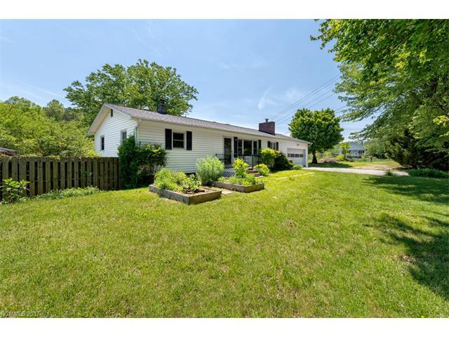 28 New Bailey Ridge Road, Candler, NC 28715