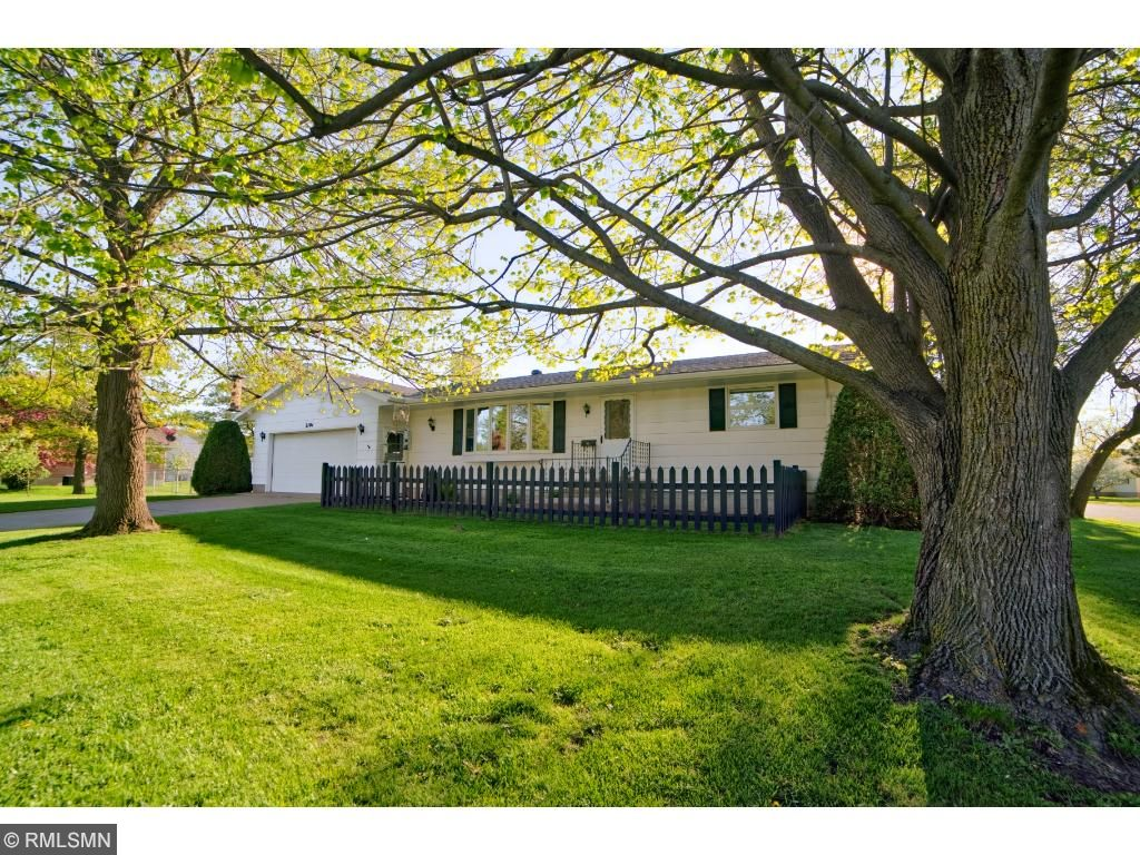 2101 S 12th Ave, Virginia, MN 55792