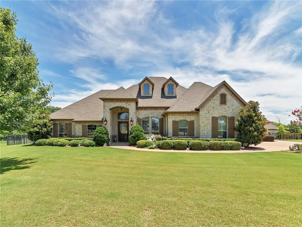 8104 Oakmont Drive, Burleson, TX 76028
