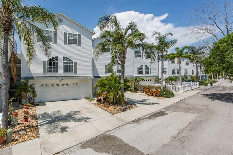 5301 BOARDWALK STREET, HOLIDAY, FL 34690