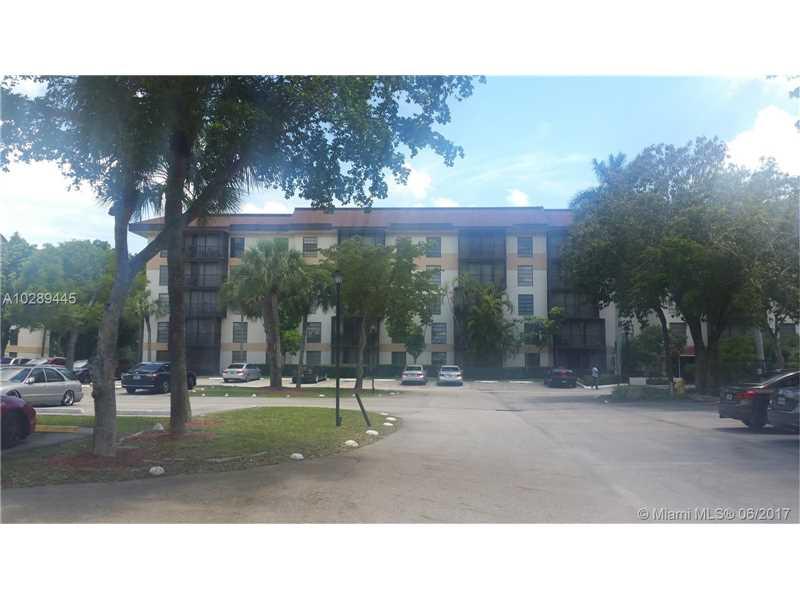 5570 NW 44th Street A-215, Lauderhill, FL 33319