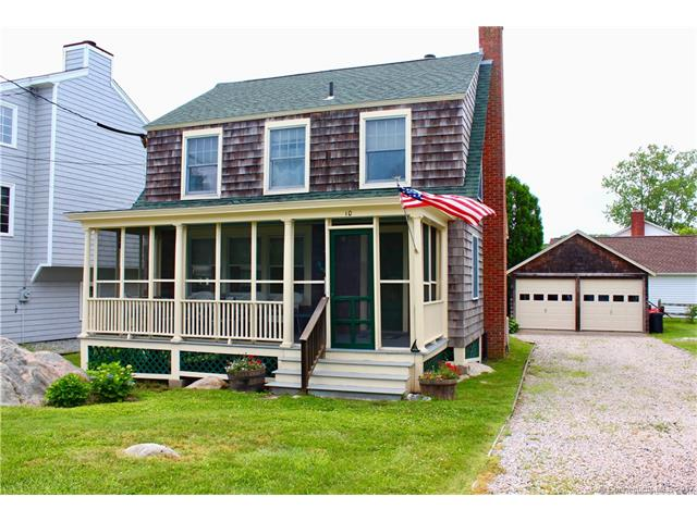 10 Middlefield St, Groton, CT 06340