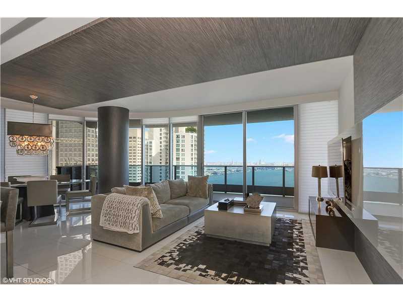 200 Biscayne Boulevard W 3501, Miami, FL 33131