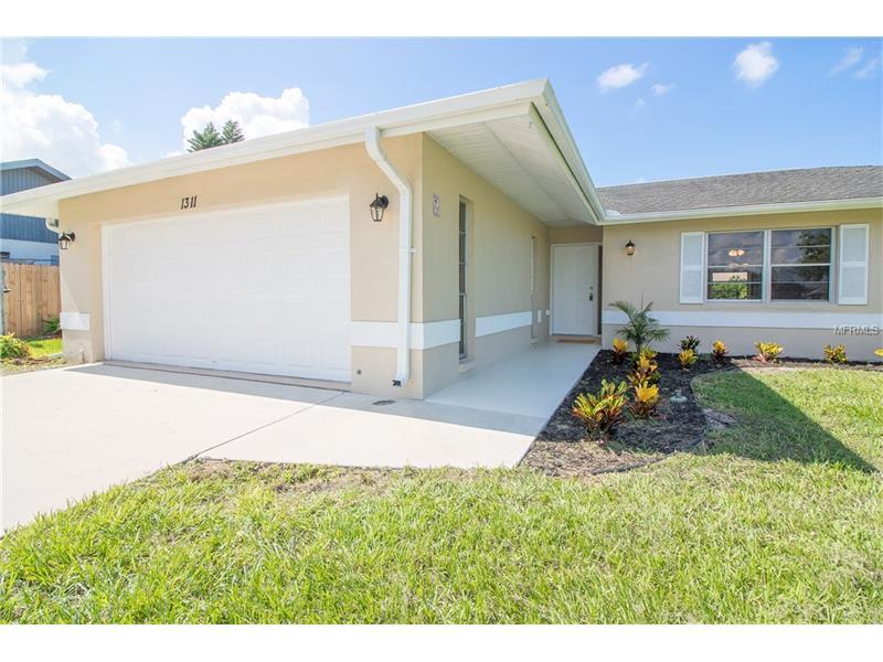 1311 PINE NEEDLE ROAD, VENICE, FL 34285