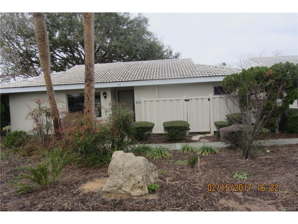 11647 W Kingfisher Court, Crystal River, FL 34429