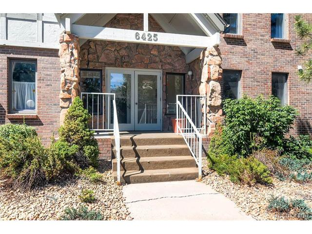 6425 S Dayton Street 302, Englewood, CO 80111