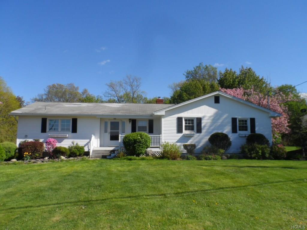 346 Greeves Road, New Hampton, NY 10958