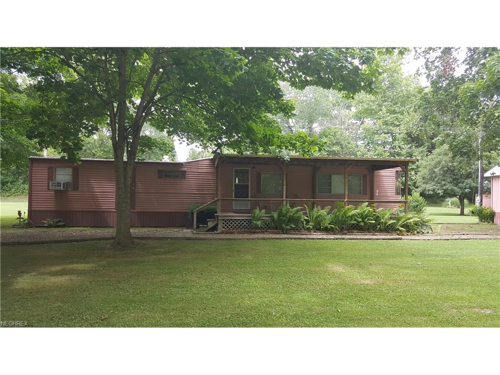 2880 Sycamore Ln, Stockport, OH 43787