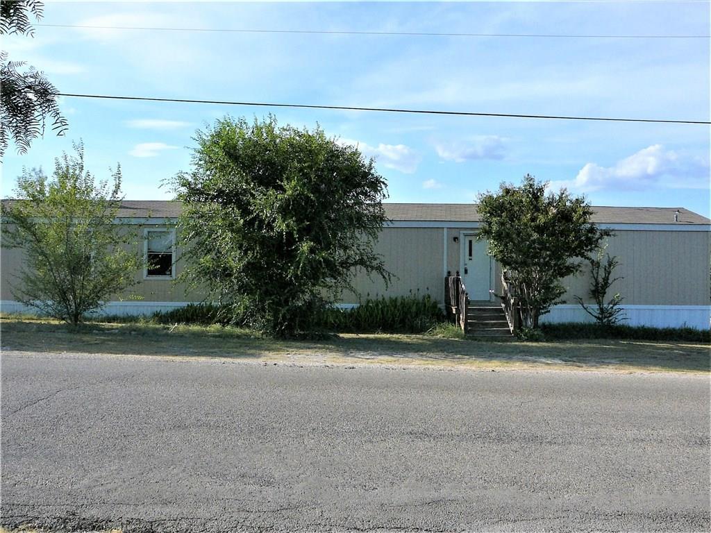 706 Comanche Cove Drive, Granbury, TX 76048