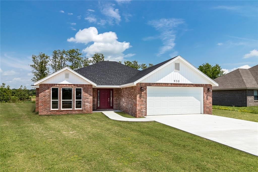 930 White Oak ST, Elkins, AR 72727