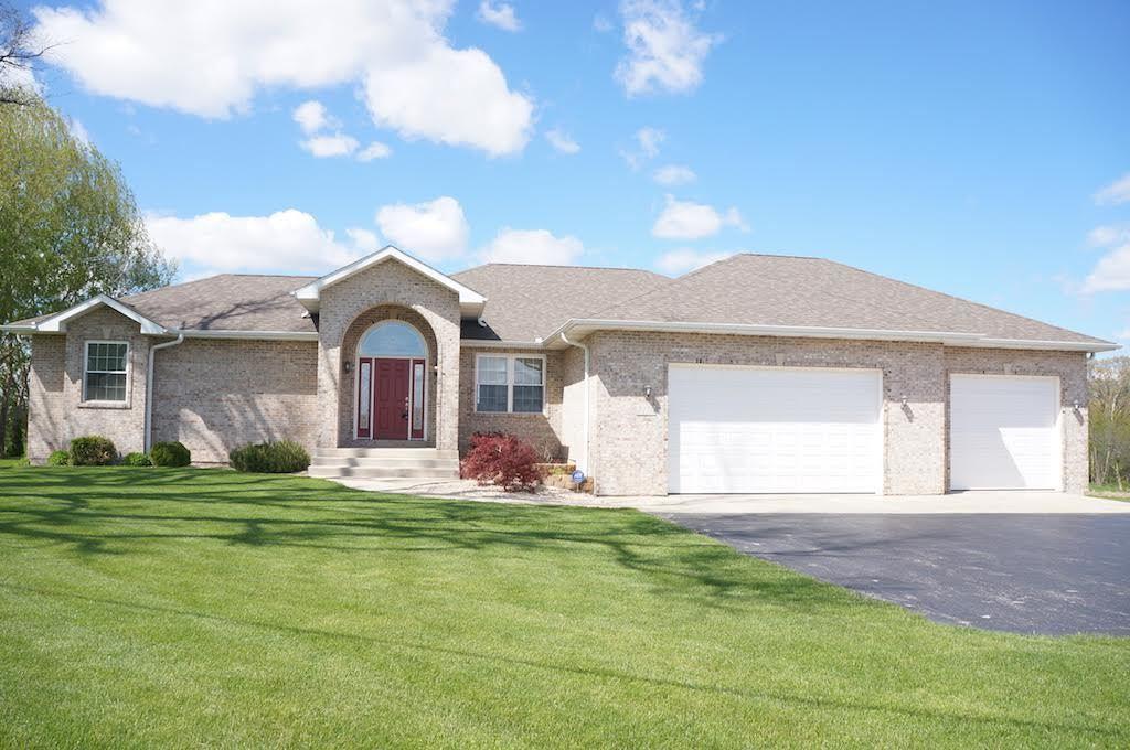 2170 W IL Route 64, OREGON, IL 61061