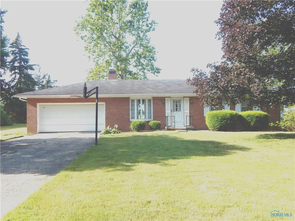 39 Broadview Avenue, Luckey, OH 43443