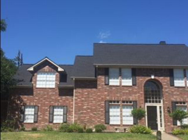 406 Woodridge, Victoria, TX 77904