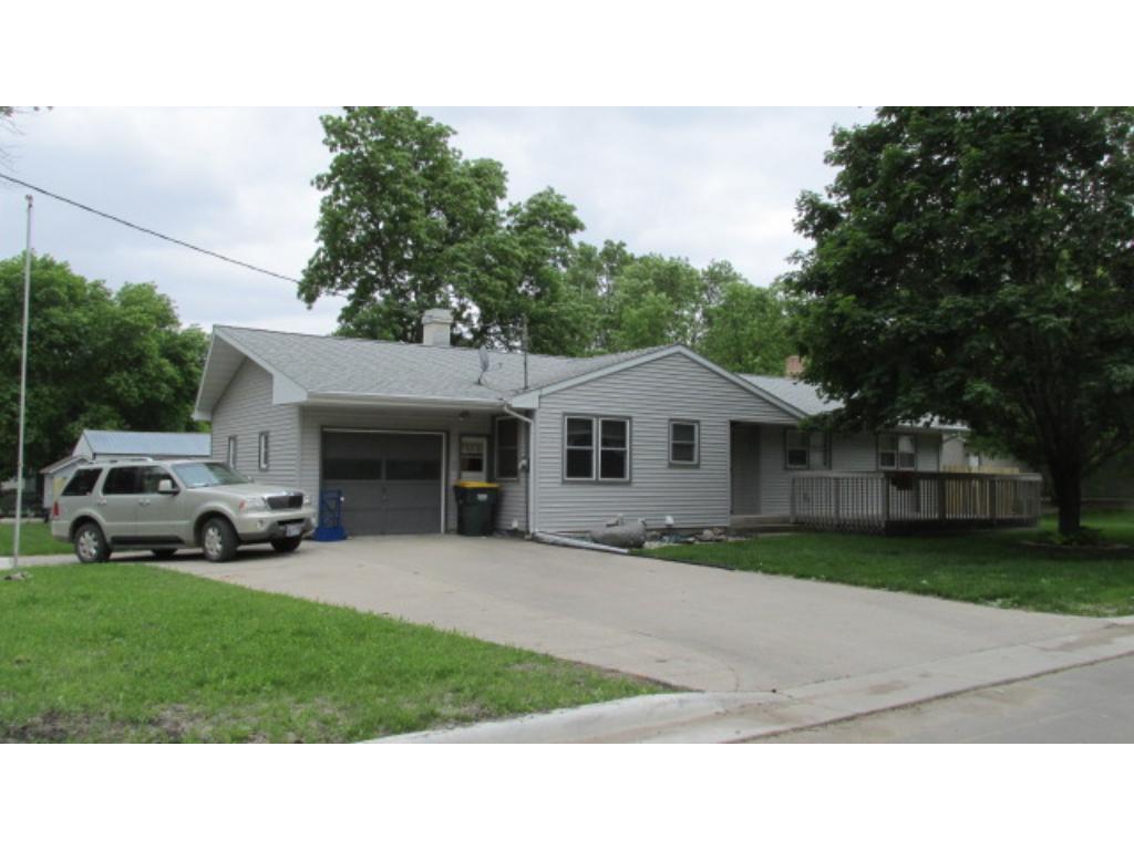501 6th Street E, Hector, MN 55342