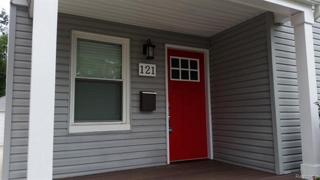 121 N ALEXANDER Avenue, Royal Oak, MI 48067