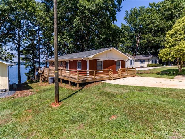 482 Fairway Shores Road 33, Mount Gilead, NC 27306