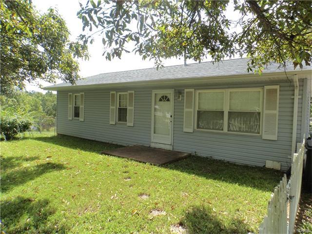 9785 Sandy Church Road, Hillsboro, MO 63050