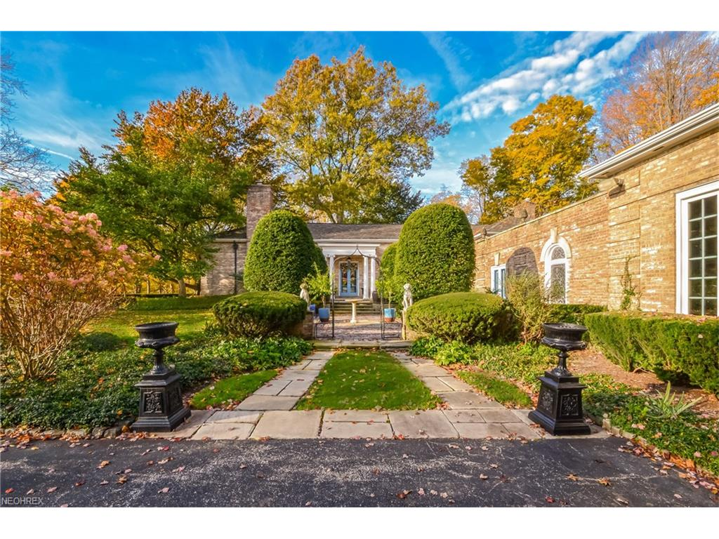 1745 Epping Rd, Gates Mills, OH 44040