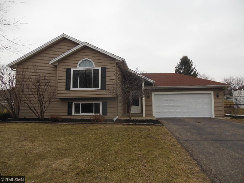 2208 Connelly Circle, Burnsville, MN 55337
