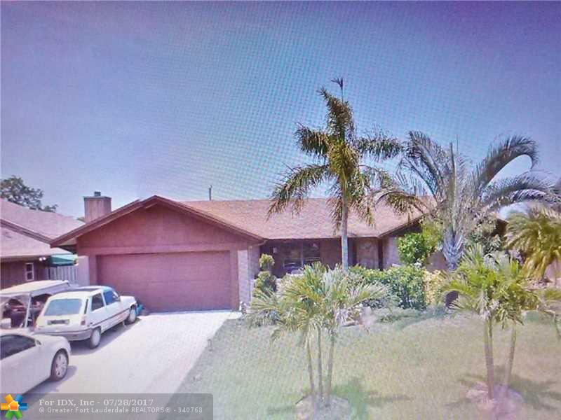 5231 NW 76th Pl, Pompano Beach, FL 33073