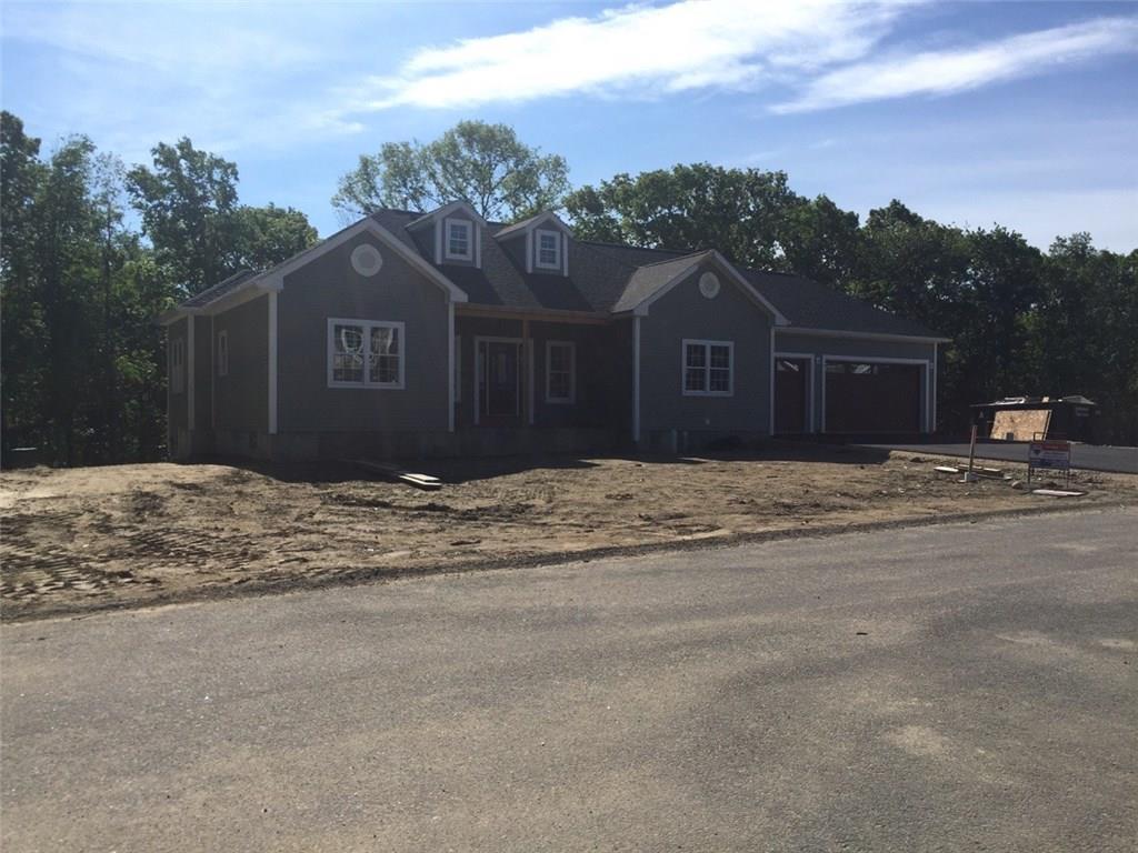 68 Cedar Forest RD, Smithfield, RI 02917