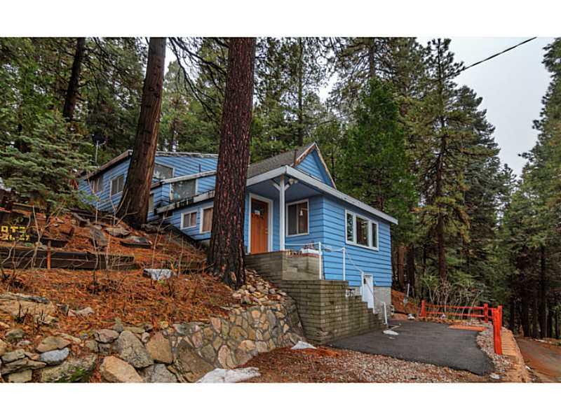 25595 MID LN, Lake Arrowhead, CA 92325