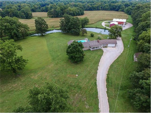 23025 S East Outer Road, Peculiar, MO 64078
