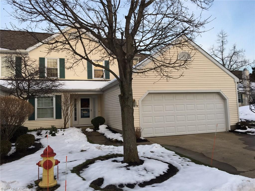 5946 Halle Farm Dr B, Willoughby, OH 44094