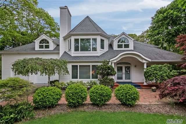 49 & 51 Old Meeting Hous Rd, Quogue, NY 11959