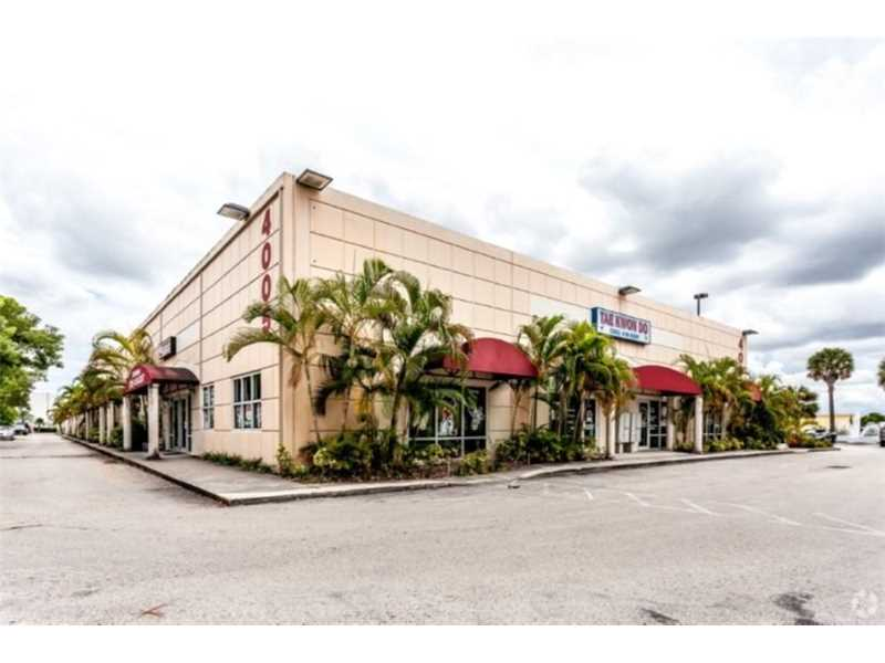 4005 NW 114th Ave, Doral, FL 33178