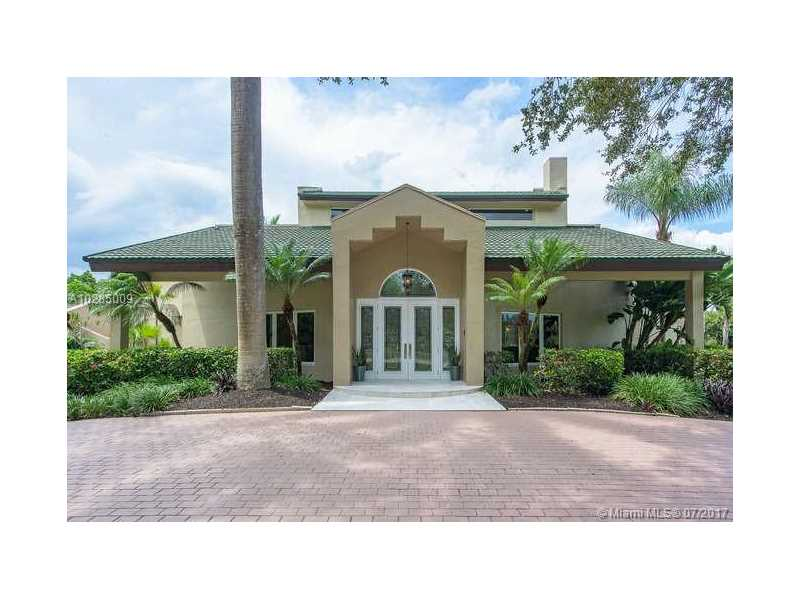 14301 Luray Rd, Southwest Ranches, FL 33330
