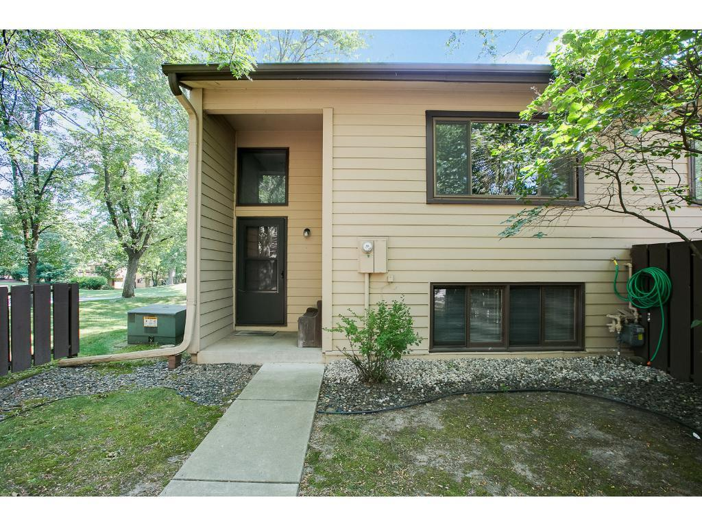 331 W Eagle Lake Drive, Maple Grove, MN 55369
