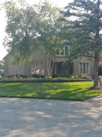48115 LAKE VALLEY Drive, Shelby Twp, MI 48317