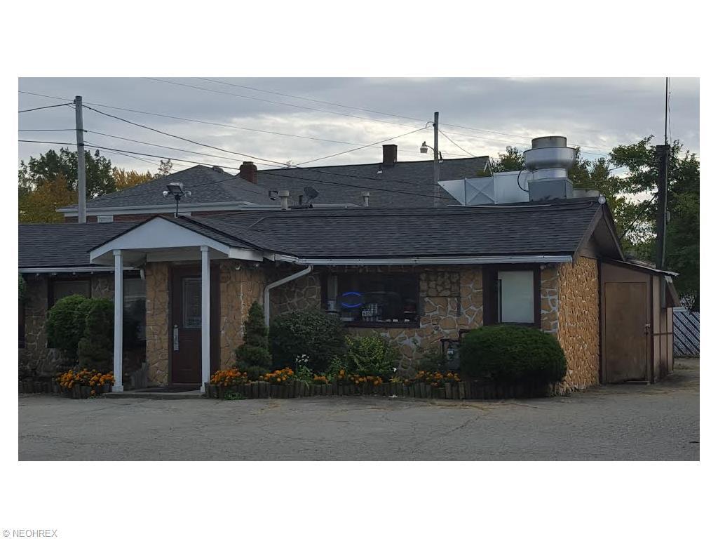 16011 Hilliard Rd, Lakewood, OH 44107