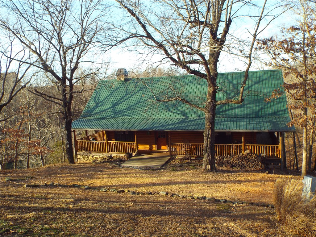 22283 N Log Cabin DR, Sulphur Springs, AR 72768