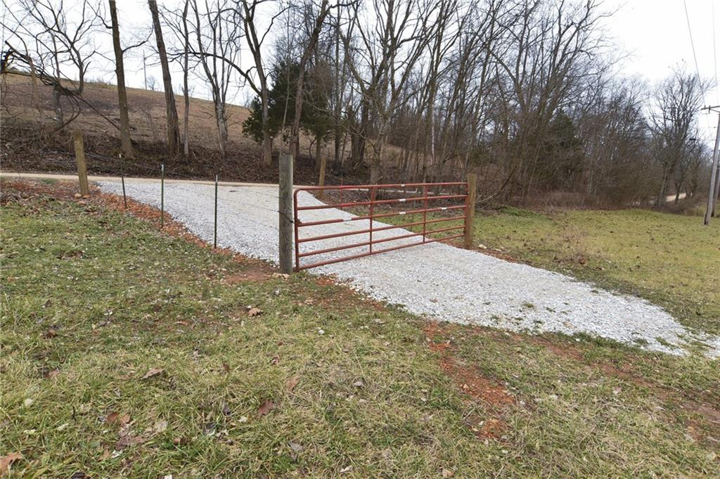 Sugar Creek RD, Garfield, AR 72732