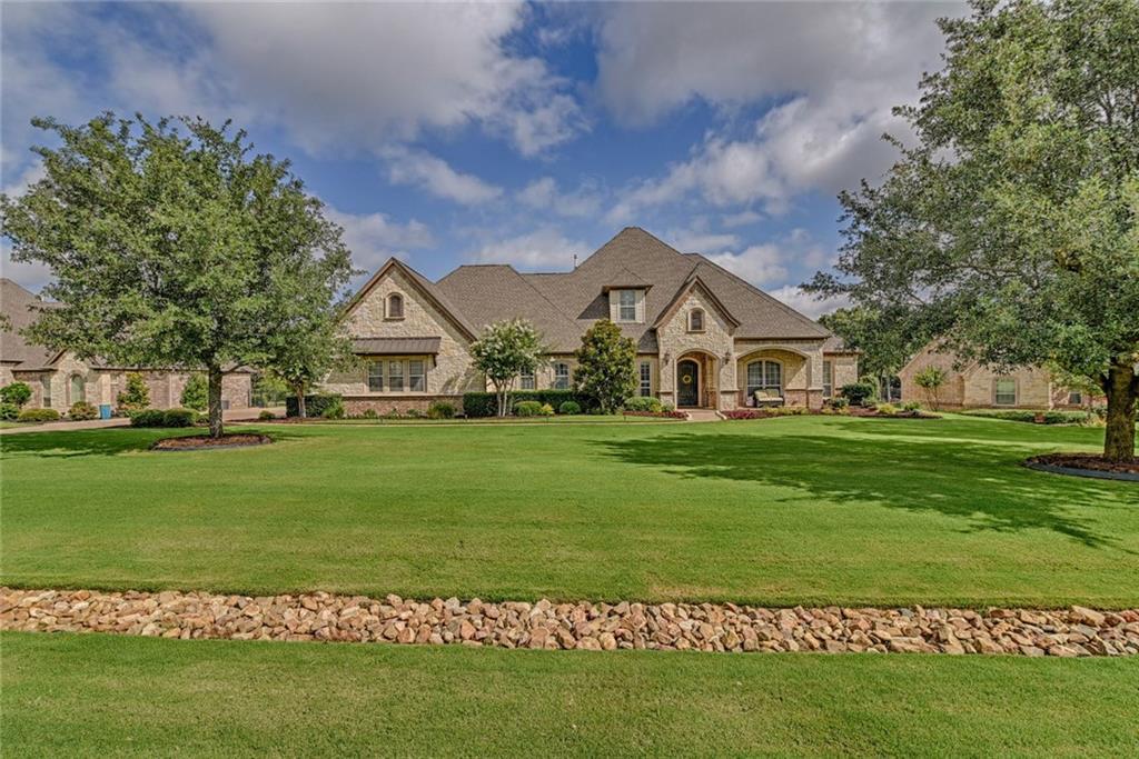 7109 Heritage Oaks Drive, Mansfield, TX 76063