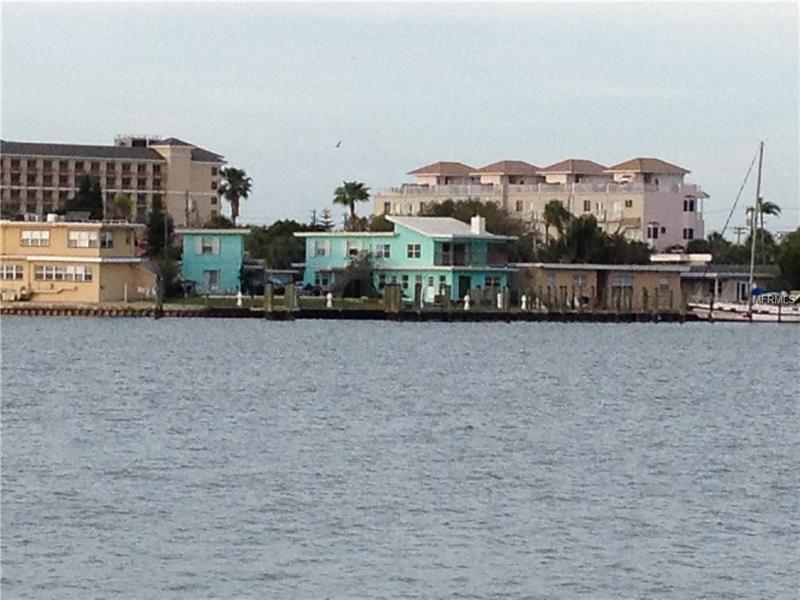 625 BAY ESPLANADE, CLEARWATER BEACH, FL 33767