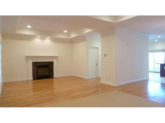 115 Highview Avenue E, Stamford, CT 06907